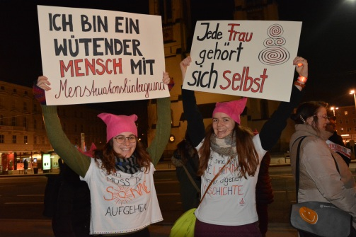 17-02-14-one-billion-rising-salzburg-13