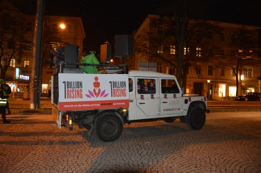 17-02-14-one-billion-rising-salzburg-77