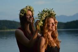 17-06-03 Abtsee Lisa und Nina Blumenkränze (18)