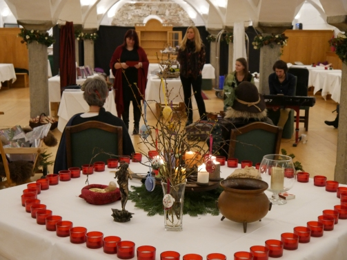 17-12-06 Erdenfrau Buchpräsentation Gmachl (14)