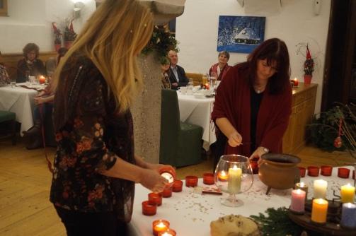 17-12-06 Erdenfrau Buchpräsentation Gmachl (42)