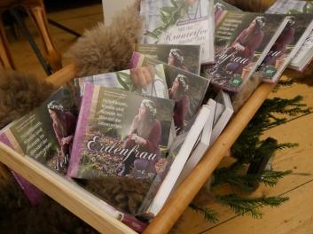 17-12-06 Erdenfrau Buchpräsentation Gmachl (5)