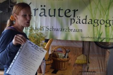 18-09-01 Frauentreff Heilkräuter Weiberleib 24